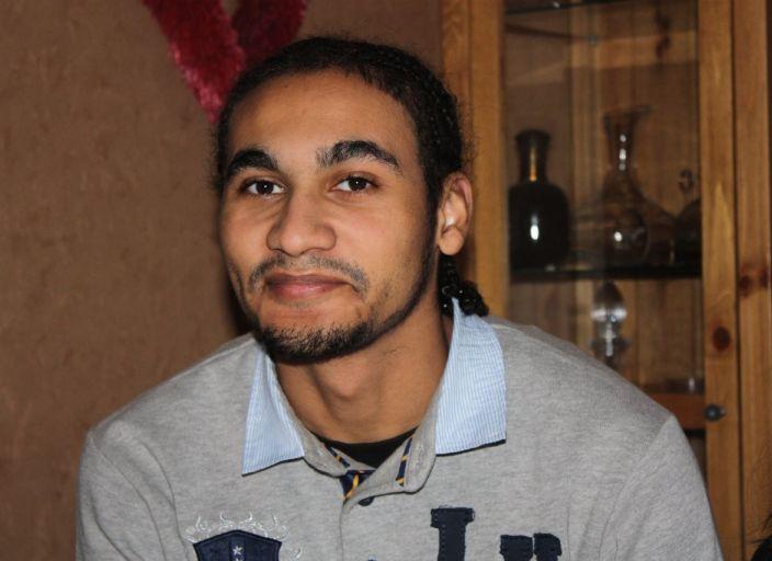 Jeune homme de 21 ans cherche rencontre sans lende.