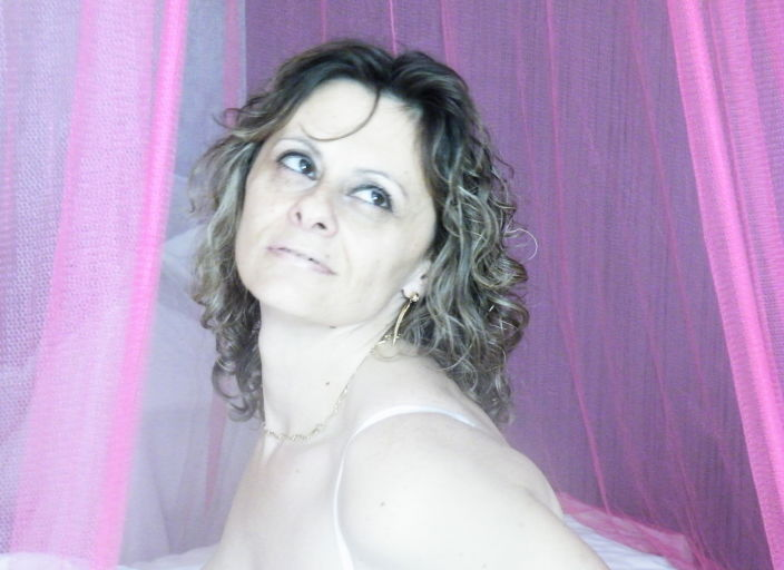 couple cherche femme bi expérimentée