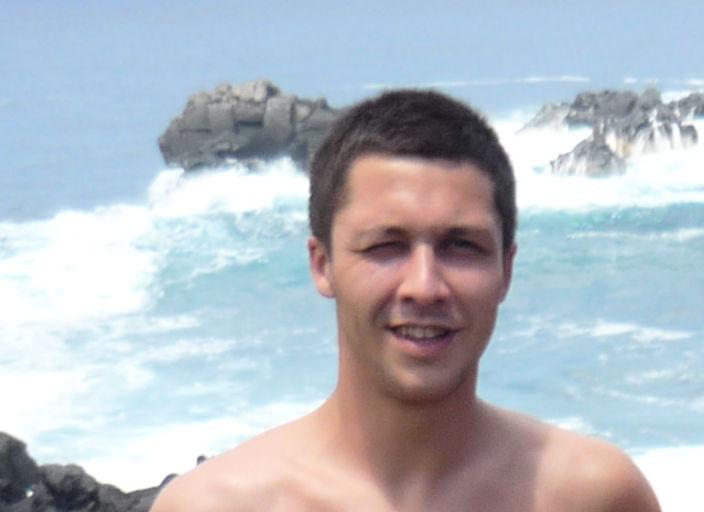 Jeune homme 26 ans de la roche
