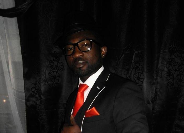 je suis beau black cherche une femme pour rencontr.