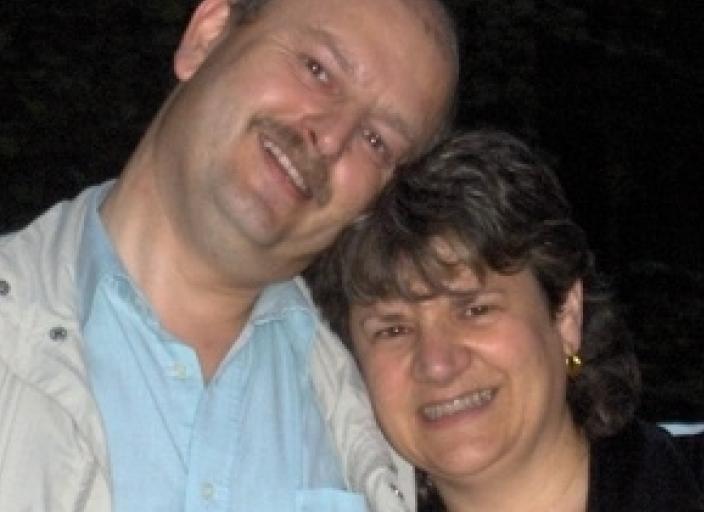 Couple marié 46 et 48 ans habitant Cergy-Pontoise.