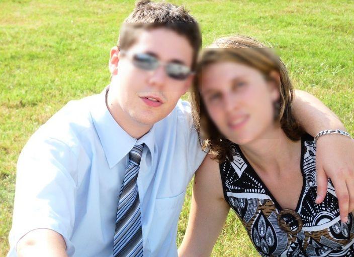 Recherche fille (18-30 ans) pour jeune couple afin.