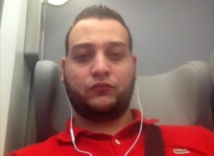 Coucou moi c khaled jai 26 ans je fais 1m75 pour 78 kg.