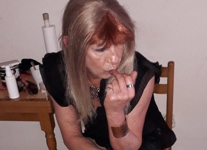 Julie travestie