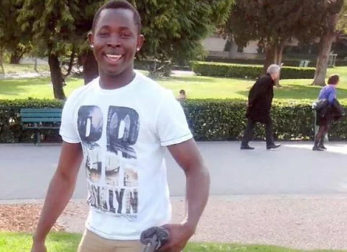 jeune homme 23ans cherche femme ou couple lesbienn.