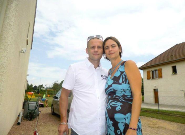 Couple marié cherche femme bi pour 1ère expérience