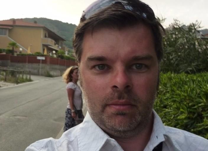 Homme 40aine pour découvertes sexuelles (couples .