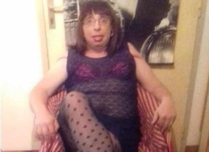 Eva travestie de 39 ans pour rencontre