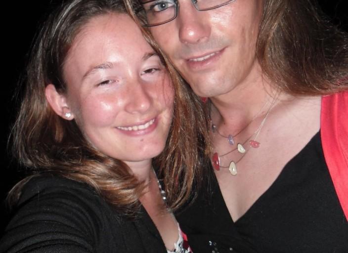 Recherche femme trans pour Mon Chéri et moi