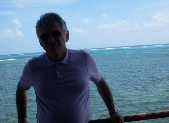 homme de 55ans type europeen , respect et discretion,.