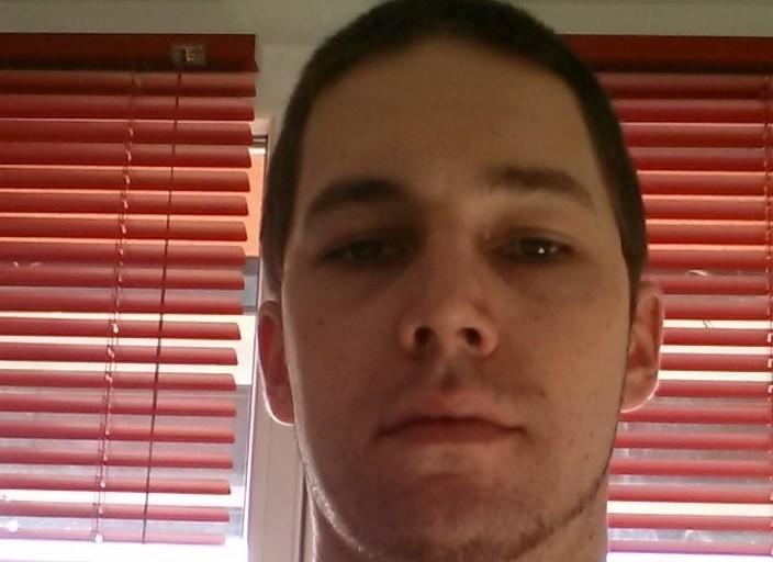 Jeune homme de 27, avide de rencontre coquines et .