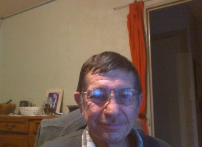 homme,60 ans cherche travesti pour premiere.