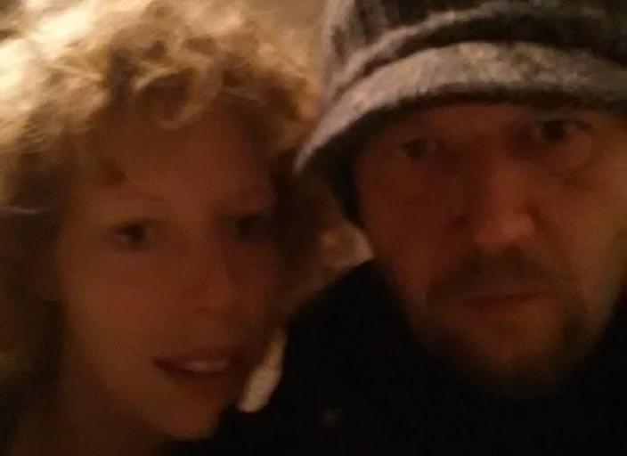 couple 42 ans et 22 ans recherche une femme bi pou.