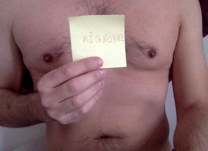 Homme sensuel recherche hommes non moins sensuels .