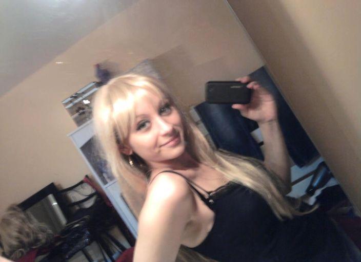 lilly,26 ans cherche copine